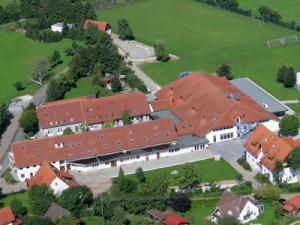 Blaubeuren_Tagungszentrum_Luftbild_400x300